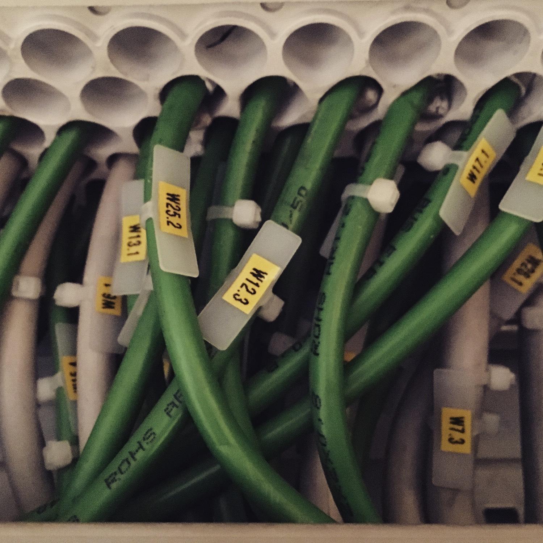 Avtomatizacija-zgradb-kabliranje