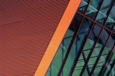 Energetsko-učinkovita-zelena-zgradba-Menerga-poslovna-zgradba