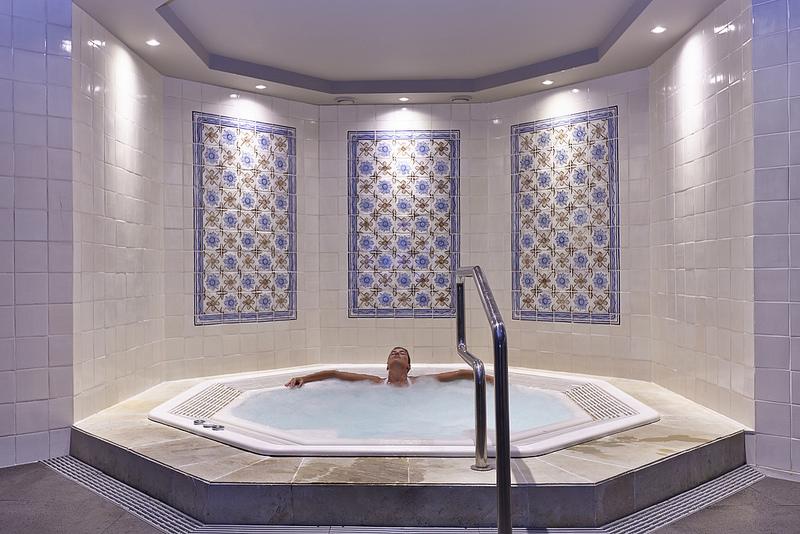 Klimatizacija in prezracevanje zasebnih bazenov_masazni bazen