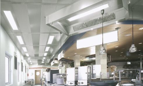 prezracevanje-kuhinje-profesionalni-prezracevalni-strop-Suedluft-7